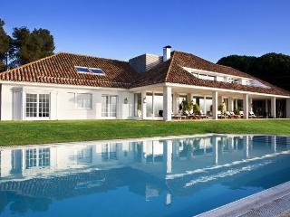 Perfect 6 bedroom Villa in Morral with Internet Access - Morral vacation rentals