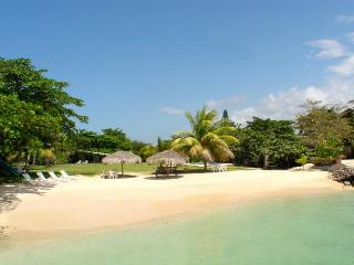 Wonderful 3 bedroom Villa in Discovery Bay - Discovery Bay vacation rentals