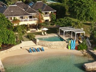 5 bedroom Villa with Internet Access in Discovery Bay - Discovery Bay vacation rentals