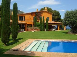 Perfect 7 bedroom Villa in Morral - Morral vacation rentals