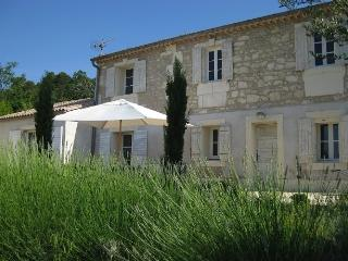 Nice 3 bedroom Maussane Villa with Internet Access - Maussane vacation rentals