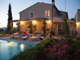 7 bedroom Villa with Internet Access in San Casciano dei Bagni - San Casciano dei Bagni vacation rentals