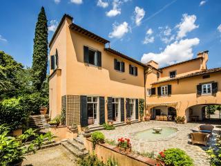 Gorgeous 8 bedroom Villa in Galluzzo - Galluzzo vacation rentals