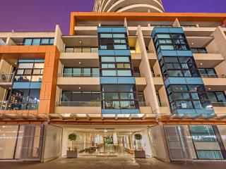 Melbourne Holiday Apartments Flinders Wharf 2Bed - Melbourne vacation rentals