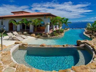 Comfortable Villa with Internet Access and Washing Machine - Dawn Beach vacation rentals