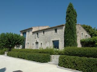 Charming 5 bedroom Bonnieux en Provence Villa with Internet Access - Bonnieux en Provence vacation rentals