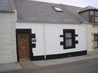 'Cosy Neuk Cottage' Porknockie - Portknockie vacation rentals