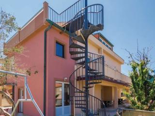 Nice Condo with Television and Balcony - Barbat na Rabu vacation rentals