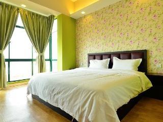 Jetty Suites-2 Bedroom Deluxe Suite (City View) - 2 - Melaka vacation rentals