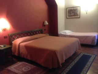 Casa Rò5 centro storico Palermo - Palermo vacation rentals