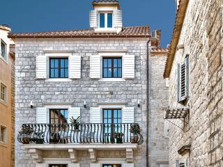 1 bedroom Private room with Internet Access in Trogir - Trogir vacation rentals
