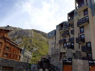 2 bedroom Apartment with Internet Access in Tignes - Tignes vacation rentals