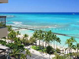 Waikiki Ocean View 2/2 Condo with A/C, WIFI, pool, parking, sleeps 6! - Waikiki vacation rentals