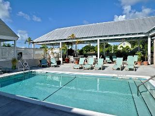 Duval Square Courtyard Condo is just steps from the action - Key West vacation rentals