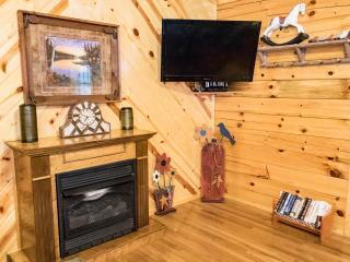 Dancing Bears Genuine Log Cabins - Pigeon Forge TN - Pigeon Forge vacation rentals