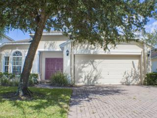 AWESOME 4 Bed Pool Villa ,Free Wifi,Close Disney! - Davenport vacation rentals