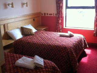 Pier House Guesthouse & Restaurant - Triple Room - Galway vacation rentals
