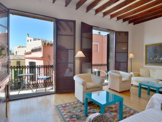 Elsa´s House - Gorgeous Flat in Santa Catalina - Palma de Mallorca vacation rentals