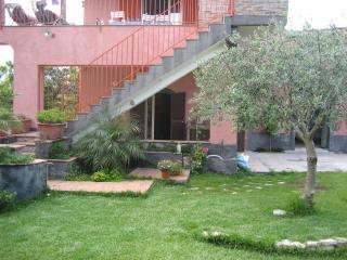 Casa vacanze in villa, Fiumefreddo di Sicilia - Fiumefreddo di Sicilia vacation rentals