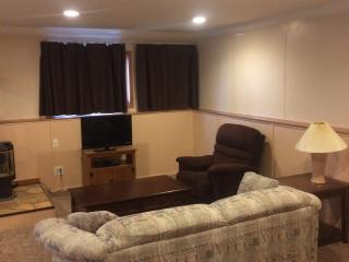 2 bedroom Condo with Internet Access in Billings - Billings vacation rentals