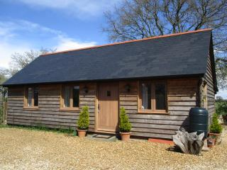 1 bedroom Barn with Internet Access in Alderholt - Alderholt vacation rentals
