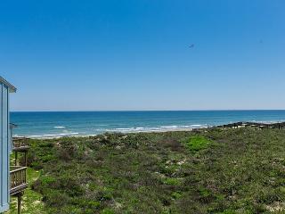 3BR/3BA Unique Beach House, 2 Decks 2 Ocean Views! Winter Texans Welcome! - Port Aransas vacation rentals
