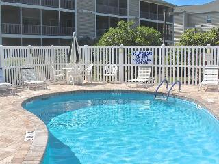 Come stay at this Cute Villa in Surfside Beach!- 104 Maddington - Myrtle Beach vacation rentals