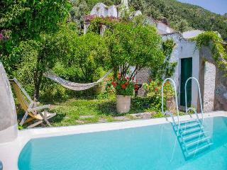 Nice 5 bedroom Erchie Villa with Internet Access - Erchie vacation rentals