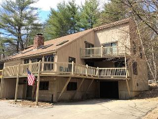 4BR in Cranmore Birches w/ Cable, Wifi and just 10 min to Storyland! - North Conway vacation rentals
