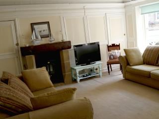 3 bedroom Apartment with Internet Access in Whitby - Whitby vacation rentals