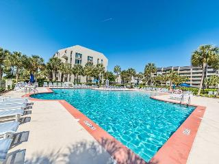 Shorewood 218, 2 Bedrooms, Large Ocean Front Pool, Spa, Sleeps 8 - Forest Beach vacation rentals