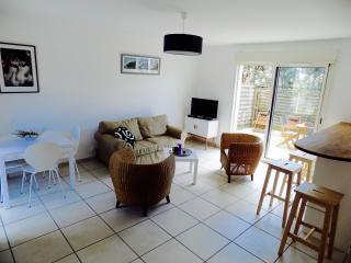 Duplex de 70 m2 à 100 mètres de la plage - Lacanau-Ocean vacation rentals