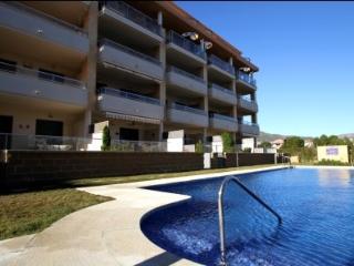 A03 OLIVERAS IVB apartamento, cerca de la playa - Miami Platja vacation rentals