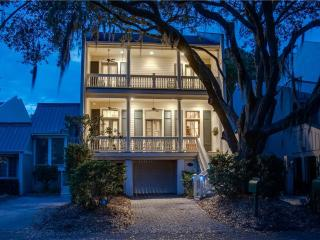 Nice House with Deck and Private Outdoor Pool - Hilton Head vacation rentals