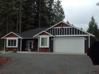 "Executive Rancher "" By the Sea"" - Qualicum Beach vacation rentals"