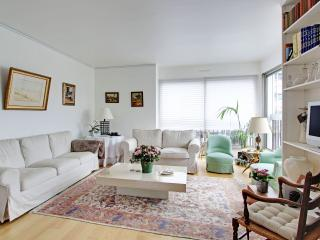 Beautiful 2 BR Paris 16th Passy P1642 - Paris vacation rentals