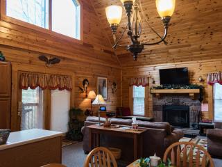COZY CABIN + DISCOUNTS TO DOLLYWOOD&DIXIE STAMPEDE - Sevierville vacation rentals