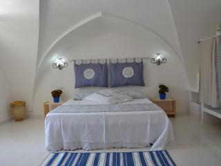 MIDA SALENTO characteristic apartment for 2/3 p. - Patu vacation rentals