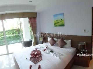 Two-bedroom apartment with Jacuzzi in Bangtao Tropical Residence Resort - Bang Tao vacation rentals