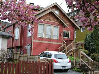 Lovely House with Internet Access and Dishwasher - Vancouver vacation rentals