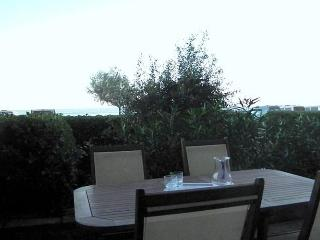 Bright 2 bedroom Vacation Rental in Hendaye - Hendaye vacation rentals