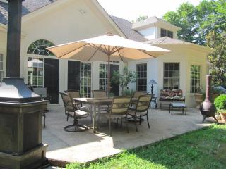 Birdie's Chateau - 3 bdrs and Qu sofabed, 4 baths - Charlottesville vacation rentals