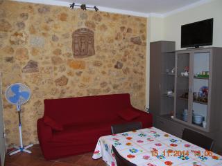 Appartamento bene arredato a 15 minuti dal mare - Naro vacation rentals