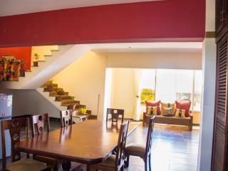 Spacious 4 bedroom Shanzu Condo with Internet Access - Shanzu vacation rentals