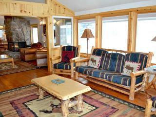 Nice 4 bedroom Apartment in Wilson - Wilson vacation rentals