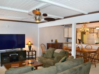 Beautiful Condo with Deck and Internet Access - Jackson vacation rentals