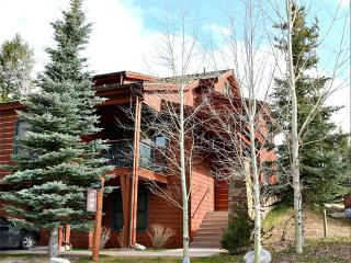 Cozy 3 bedroom Condo in Teton Village with Deck - Teton Village vacation rentals