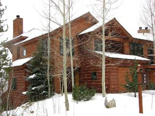 3 bedroom Apartment with Deck in Teton Village - Teton Village vacation rentals