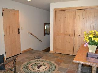 3 bedroom Apartment with Deck in Teton Village - Teton Village vacation rentals