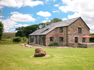 Nice 3 bedroom Brentor House with Internet Access - Brentor vacation rentals